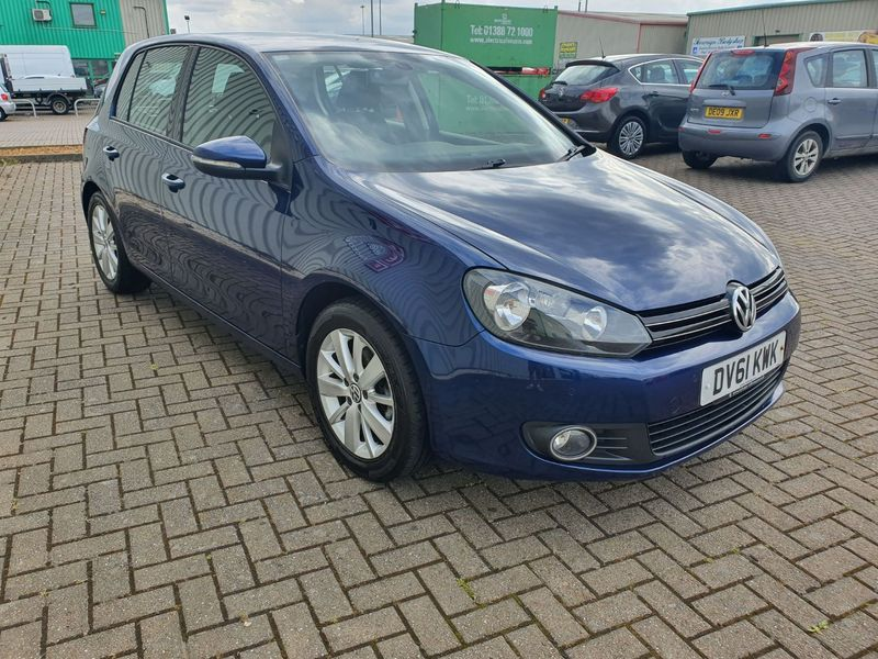 View VOLKSWAGEN GOLF 2.0 TDi 140 MATCH 5 DOOR MANUAL DIESEL IN BLUE  **** NOW SOLD ****
