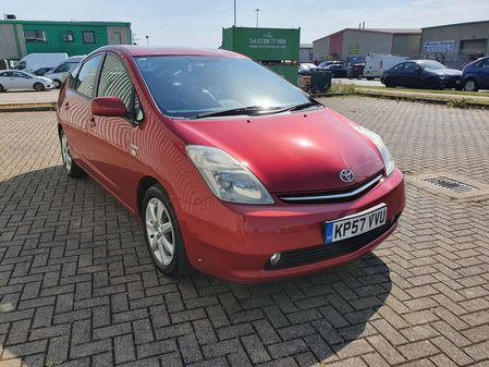 TOYOTA PRIUS 1.5 VVT-i AUTO T SPIRIT HYBRID 5 DOOR PETROL IN RED
