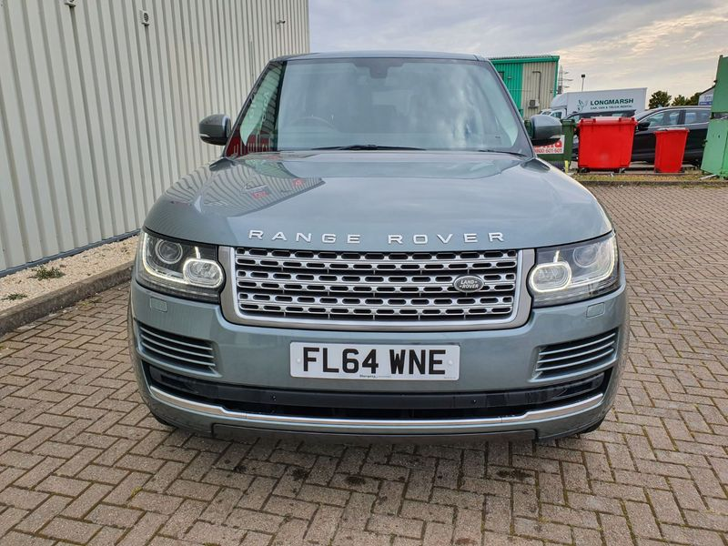 View LAND ROVER RANGE ROVER 3.0 TDV6 VOGUE  5 DOOR AUTO DIESEL IN GREY 1 OWNER FROM NEW