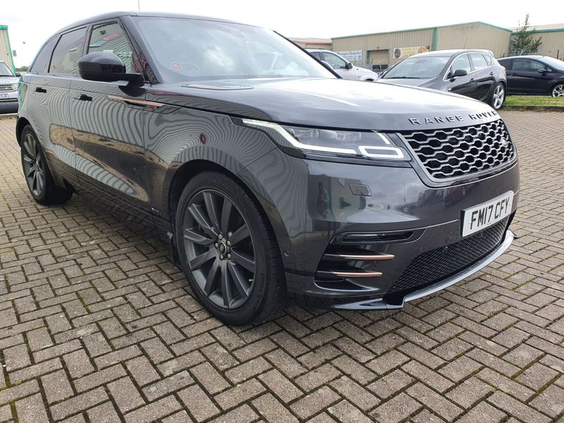 View LAND ROVER RANGE ROVER VELAR 3.0 R-DYNAMIC HSE 5 DOOR AUTO PETROL IN GREY EXTENDED L R WARRANTY