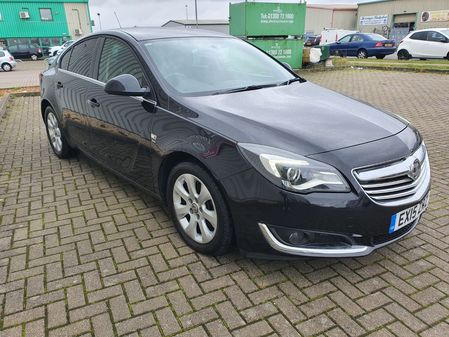 VAUXHALL INSIGNIA 2.0 SRI CDTI ECOFLEX S-S 5 DOOR MANUAL DIESEL IN BLACK